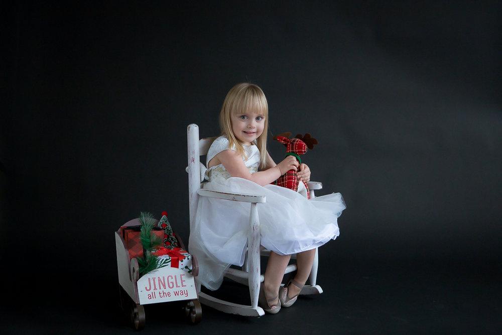Evie Christmas_2016-11-13-4.jpg