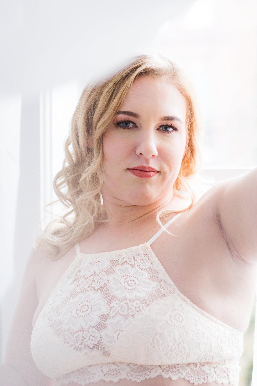 Nicole Boudoir-14.jpg