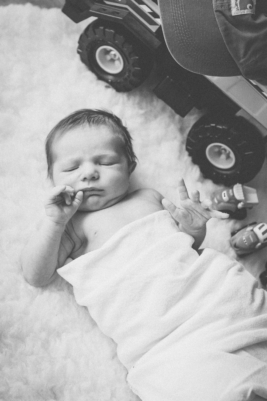 Anson Newborn_2017-02-25-BW-24.jpg
