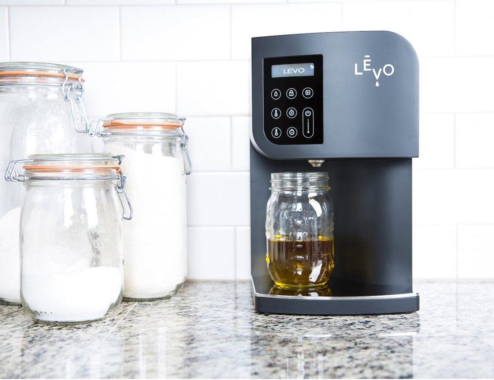 Levo Oil Infuser