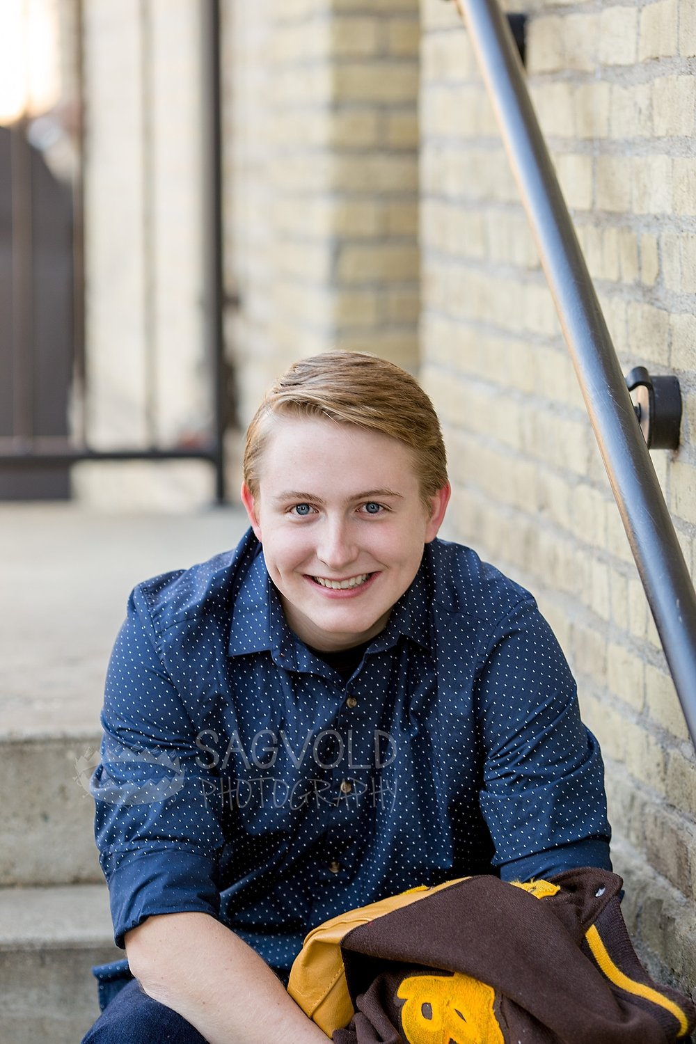 Senior picture Fargo ND senior photographer Janna Sagvold Photography
