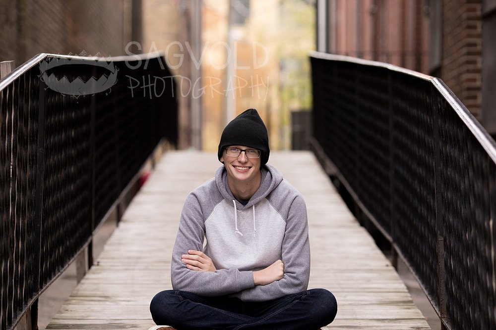 Senior picture Fargo ND senior photographer Janna Sagvold Photography