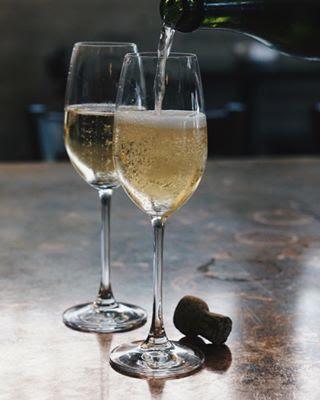 champagne_day.jpg