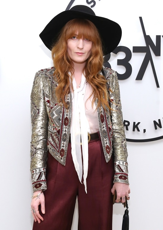 Florence-Welch-Samsung-837-Launch-Fashion-Alice-Olivia-Tom-Lorenzo-Site-3.jpg