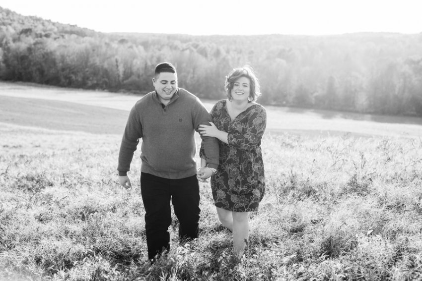 saratoga-springs-ny-fall-engagement-photos-11.jpg