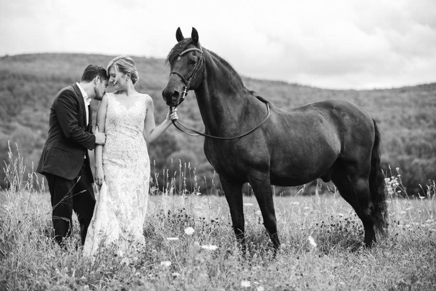 saratoga-ny-equestrian-wedding-photography-18.jpg