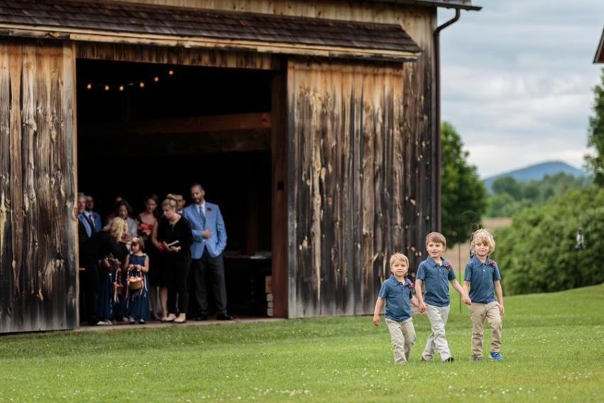 tracey-buyce-photography-nipmooose-barns-wedding-photos08.jpg