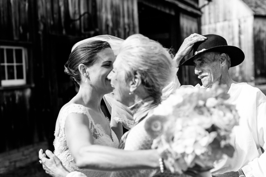 tracey-buyce-photography-nipmooose-barns-wedding-photos20.jpg