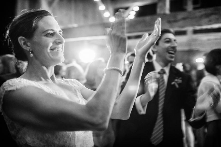 tracey-buyce-photography-nipmooose-barns-wedding-photos25.jpg