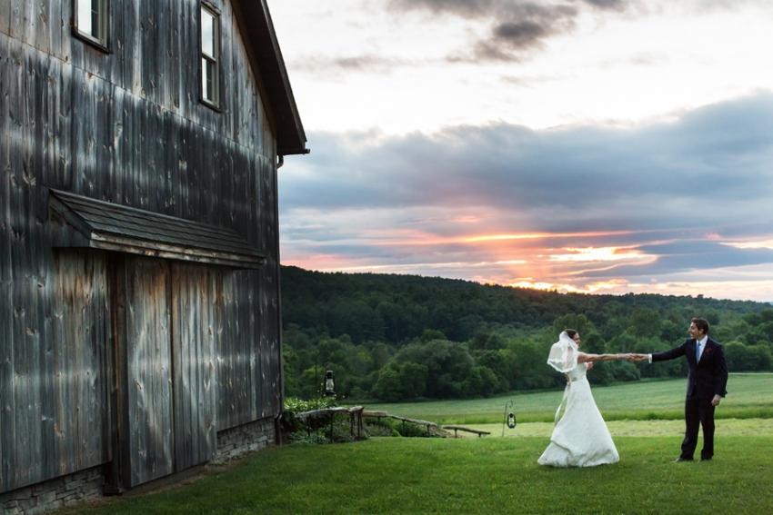 tracey-buyce-photography-nipmooose-barns-wedding-photos28.jpg