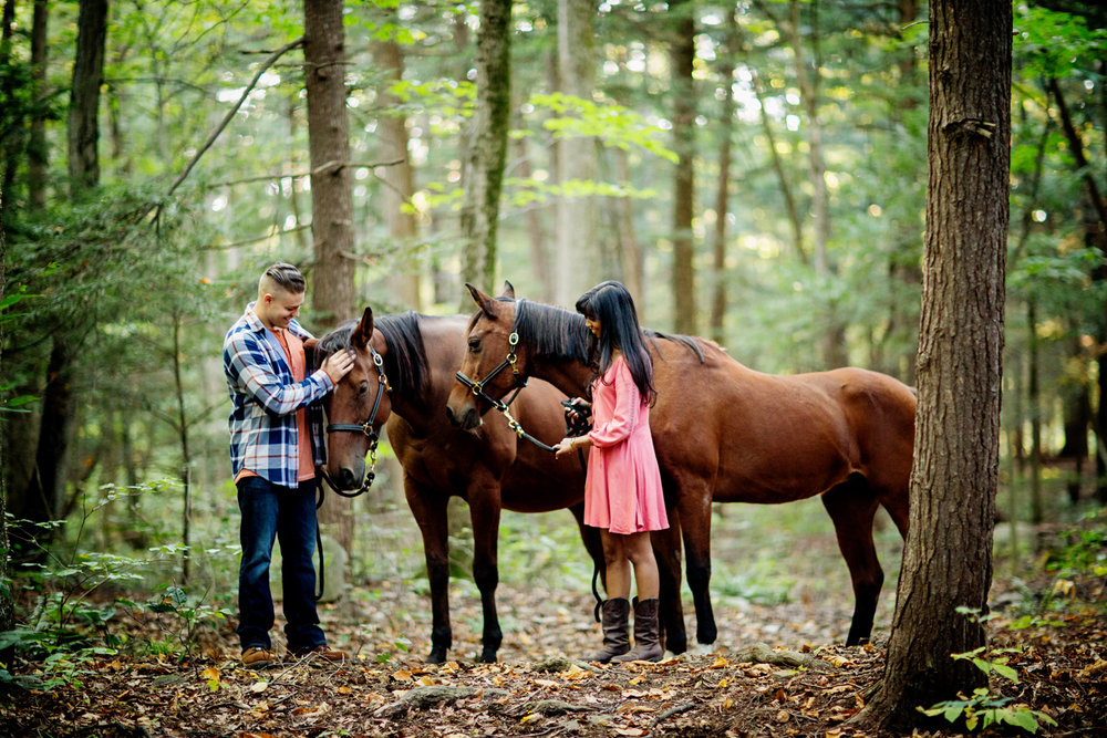 Saratoga NY Engagement Photographer03.jpg