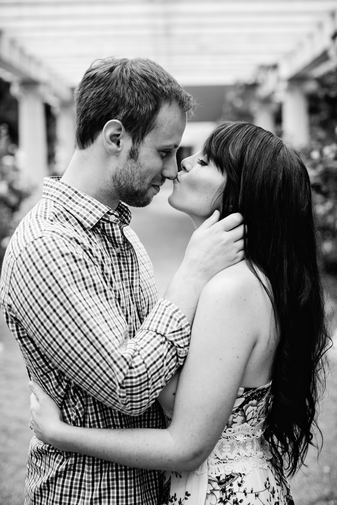 Yaddo garden engagement photo06.jpg