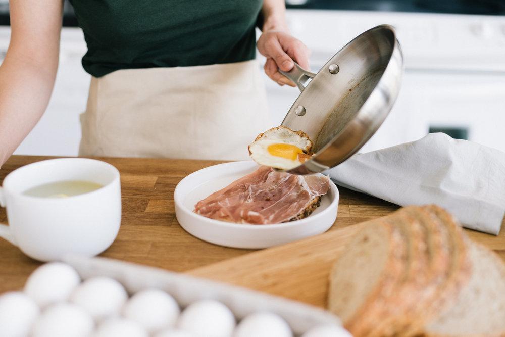 making-breakfast-9.jpg