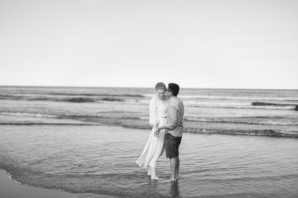 Rye Beach, New Hampshire Engagement Pictures | New Hampshire Wedding Photographer | New England Wedding Photographer | Madison Rae Photography