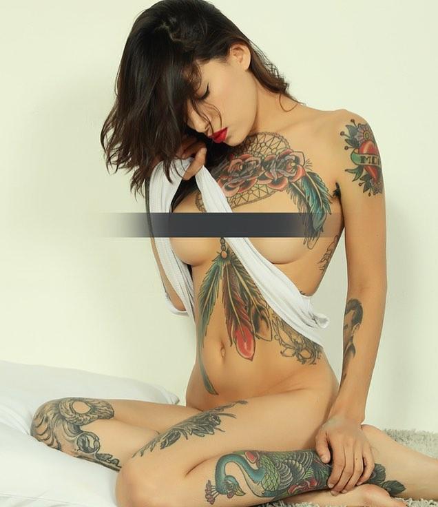 Shot by @david_k_studio ✨✨ #cuddleme #tattoomodel #cuddlegirl #professionalcuddler #pinup #editorial #losangelesmodel #impliednude #lamodel #lawoman #sexyboobs #lol