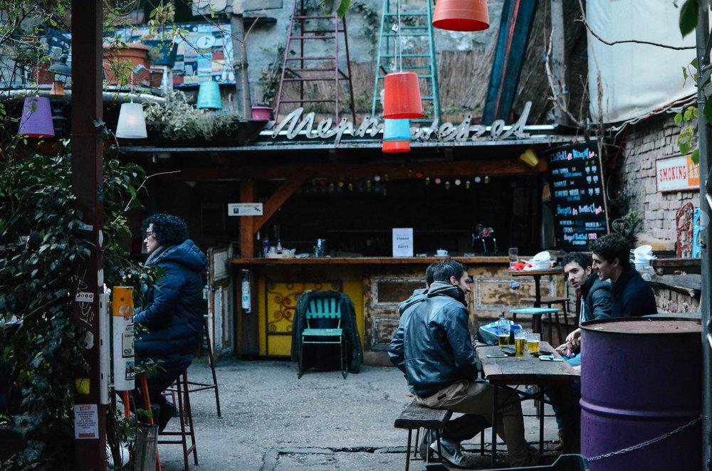 budapest-hungary-travel-guide-lifeonpine_DSC_0071.jpg