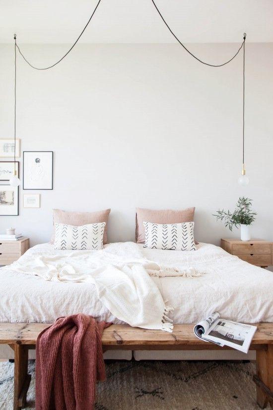 Bedside-lamps-for-bedroom.jpg