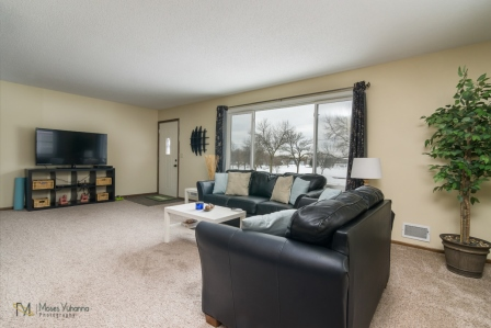 3957-Quincy-St-Columbia-Heights-MN-55421-03-living.jpg