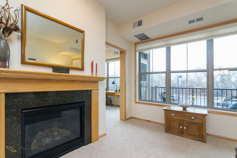 2200-2nd-avenue-anoka-mn-fireplace-deck.jpg