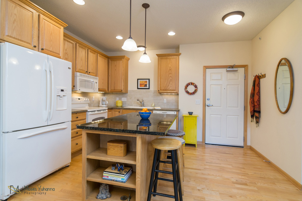 2200-2nd-avenue-anoka-mn-kitchen.jpg