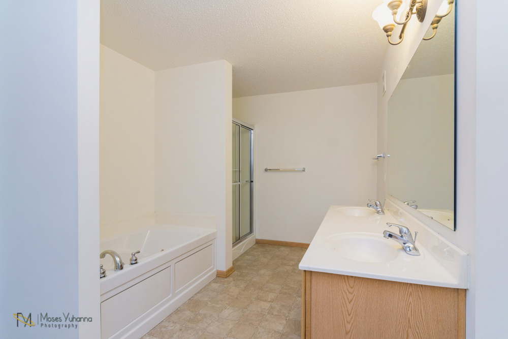 14627-Olivine-Terrace-NW-Ramsey-Bathroom.jpg