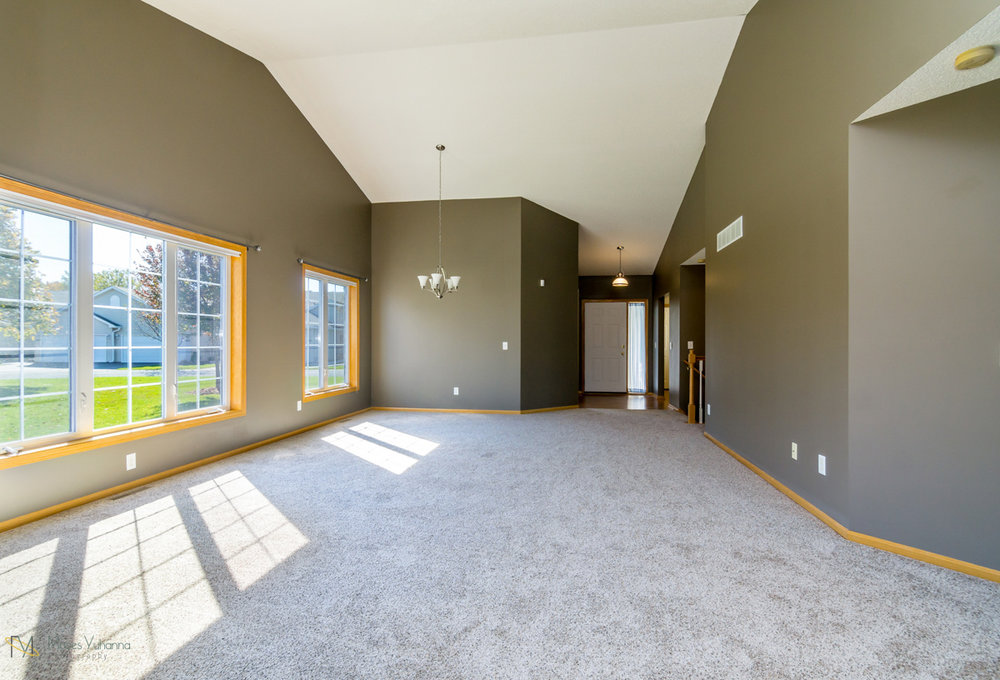 10785-181st-circle-elk-river-mn-main level 3.jpg