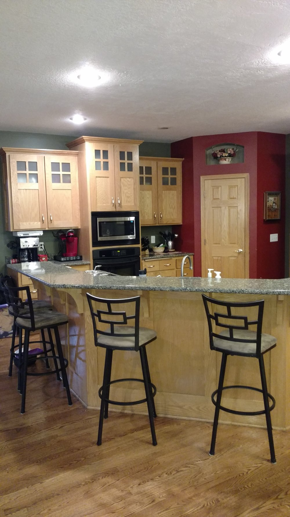 12917-bluebird-street-nw-coon-rapids-mn-kitchen2.jpg