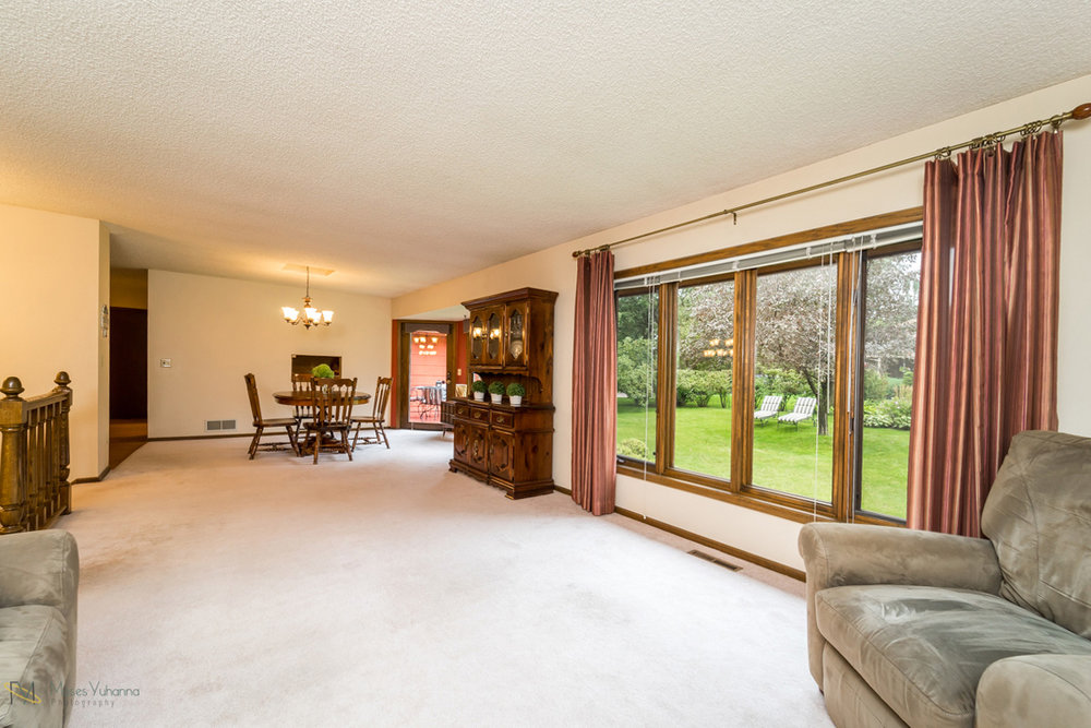 205-119th-avenue-nw-coon rapids-mn living room area.jpg