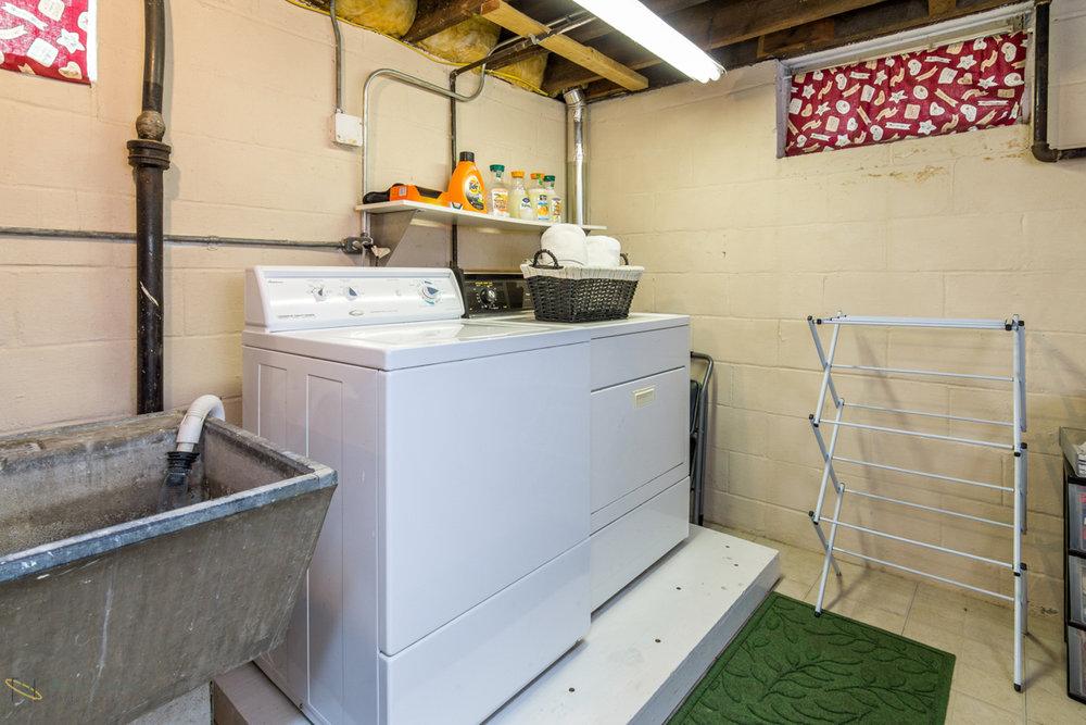 1608-alameda-street-st paul-mn laundry.jpg