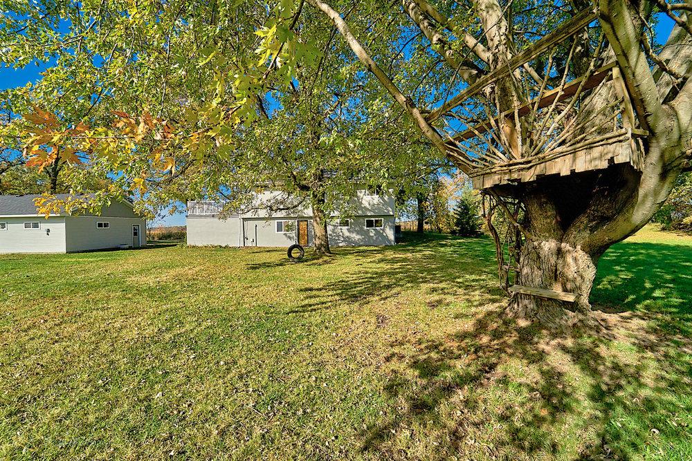 8166-Rondeau-Lake-Rd-E-Lino Lakes-4-treehouse.jpg