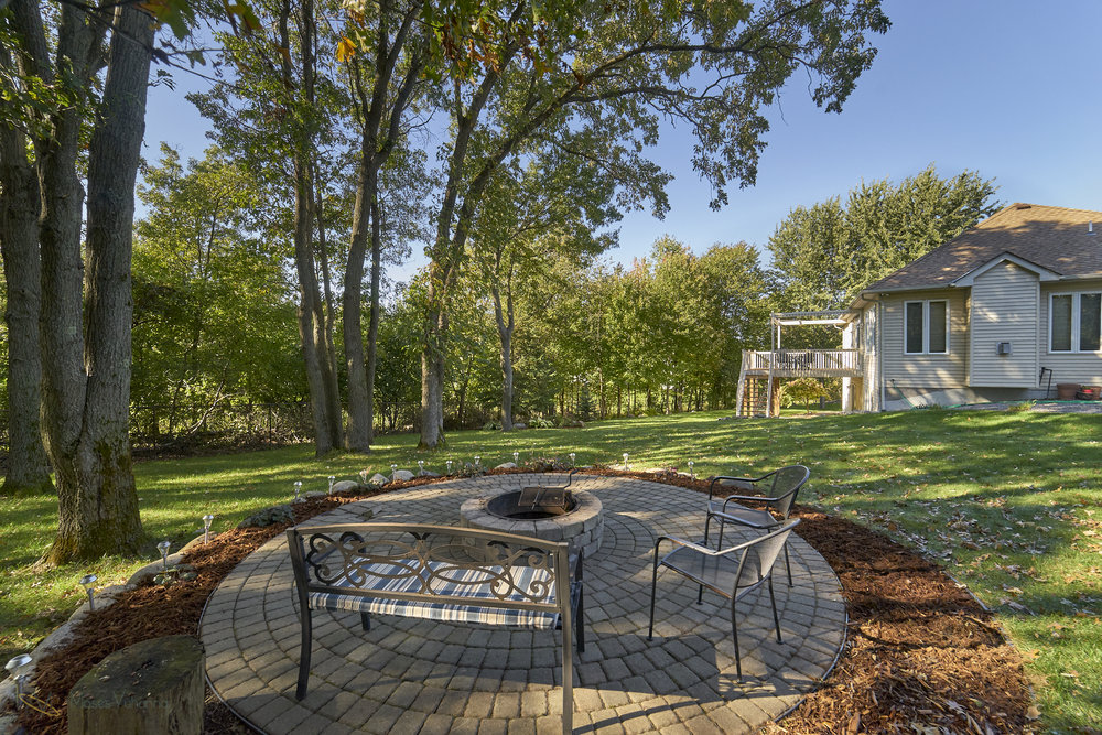 13770-Cottonwood-St-NW-Andover 23 firepit.jpg
