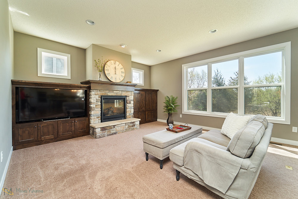 5938-151st-lane-nw-ramsey-mn-living-room-2.jpg