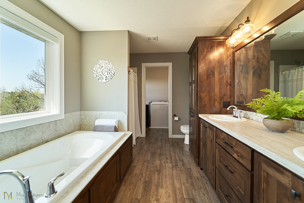 5938-151st-lane-nw-ramsey-mn-master-bathroom.jpg