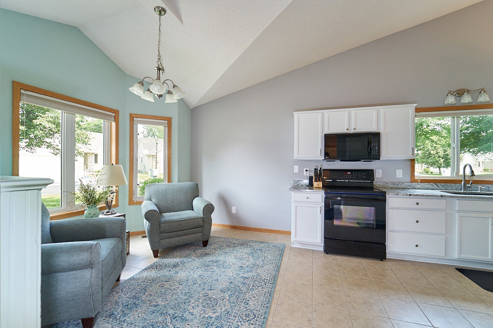 12597-thrush-street-nw-coon-rapids-mn-kitchen-sitting-area.jpg