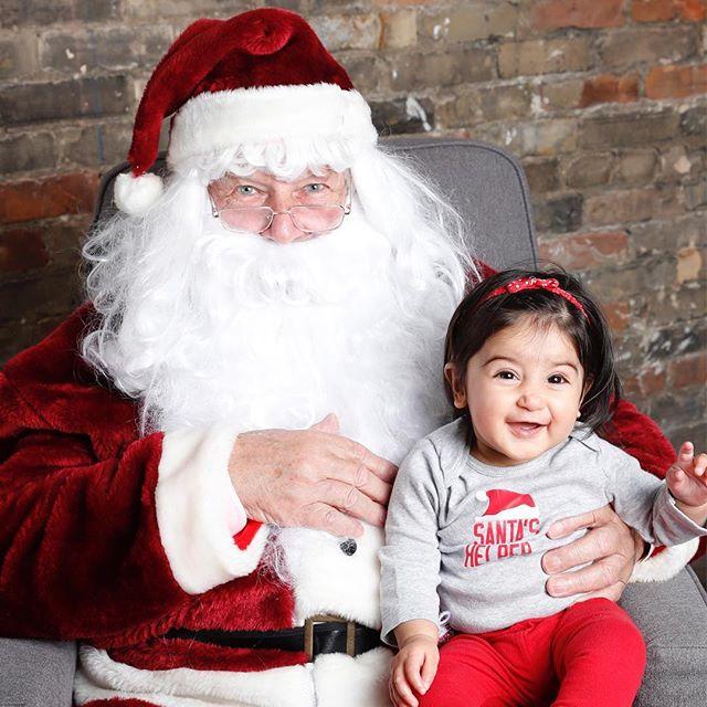 Ohhhhh so many cute bebes today!!! So fun and magical ✨✨#Santa