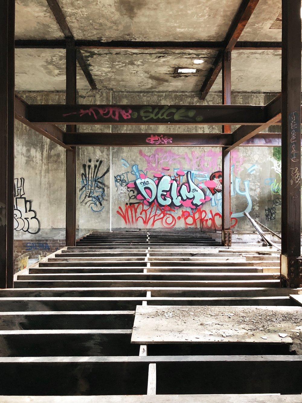 Urbanex Rickety