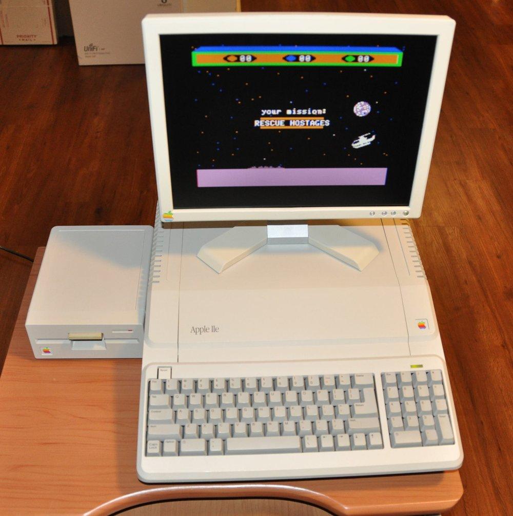 Apple //e Platinum with VGA monitor