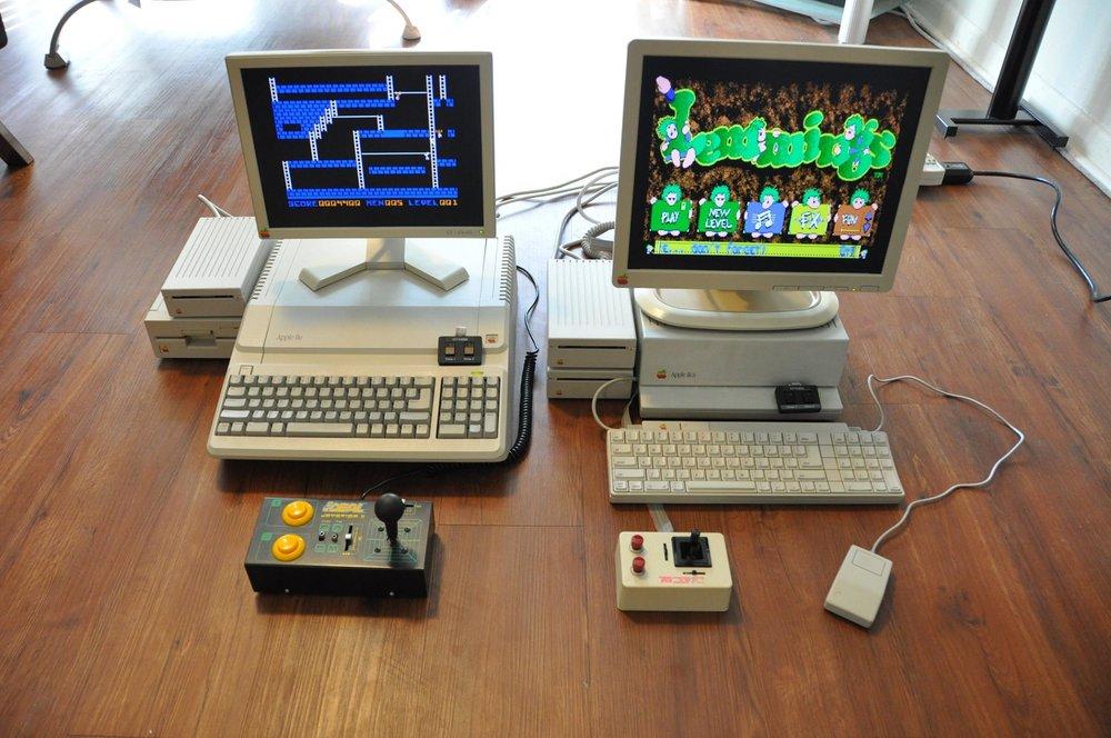 Apple //e Platinum and Apple IIgs