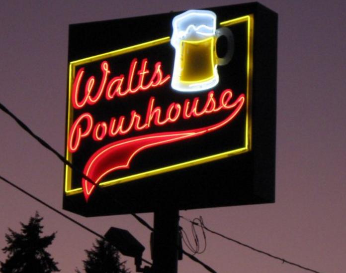 Walt's.PNG