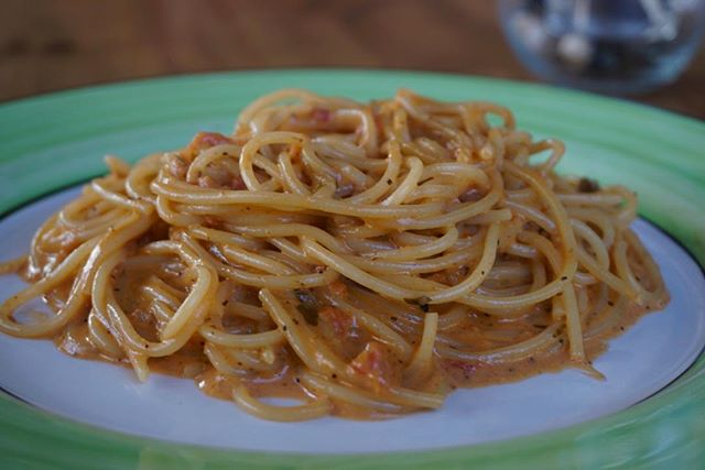Happy National Spaghetti day! Get a plate of spaghetti today and celebrate! #JimmysKouzina