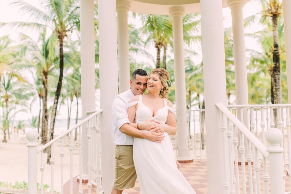 Destination Wedding Photography_Riu Palace Riviera Maya_Playa Del Carmen_Mexico_bride and groom portrait in gazebo_candid_Destination Wedding Photographer.jpg