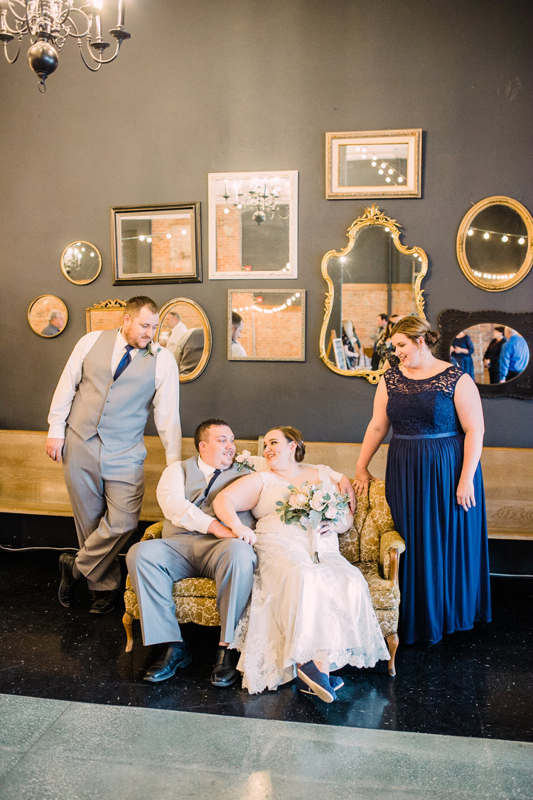 Wedding-Photography_Gatherings-by-Farmhouse-Catering_Nevada-Iowa_wedding+party+with+couches-editorial-iowa+wedding+photographer.jpg