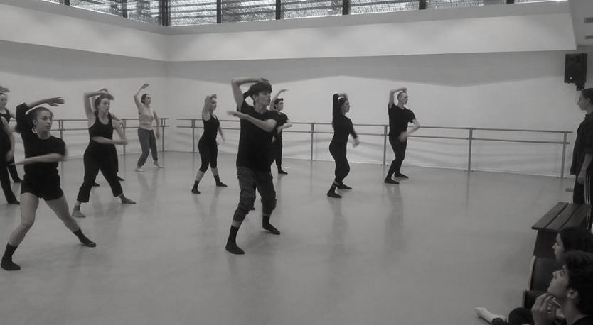 Atelier de Mirea Delogu (danseuse du Ballet Preljocaj) avec les DNSP 1 du CID Rosella Hightower