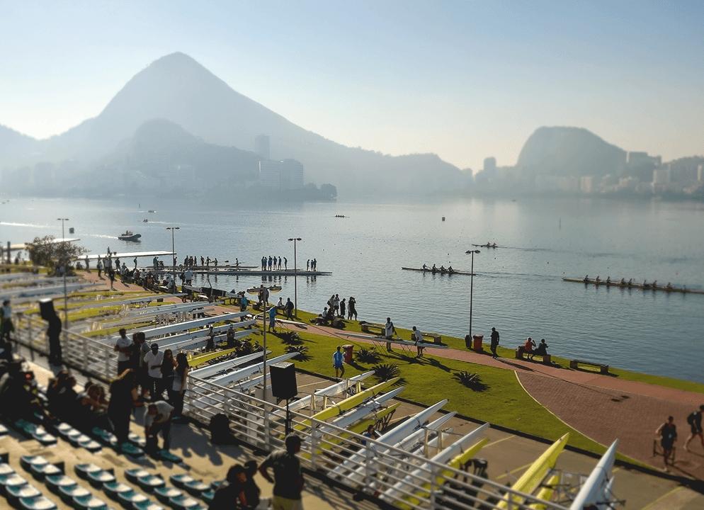 remo na lagoa rodrigo de freitas. fonte foto:https://www.rio2016.com/locais-de-competicao/estadio-da-lagoa