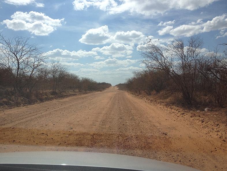 Estrada de terra, a caminho de São Raimundo Nonato