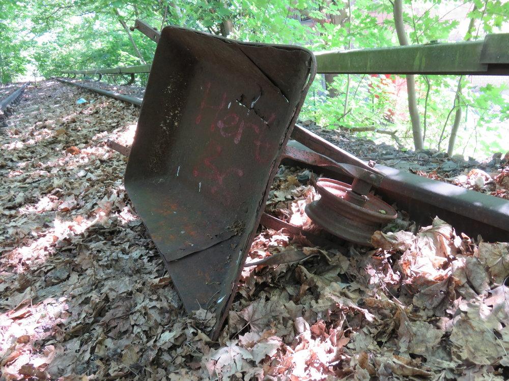 An abandoned wheelbarrow on the tracks between Siemensstadt and Gartenfeld stations.