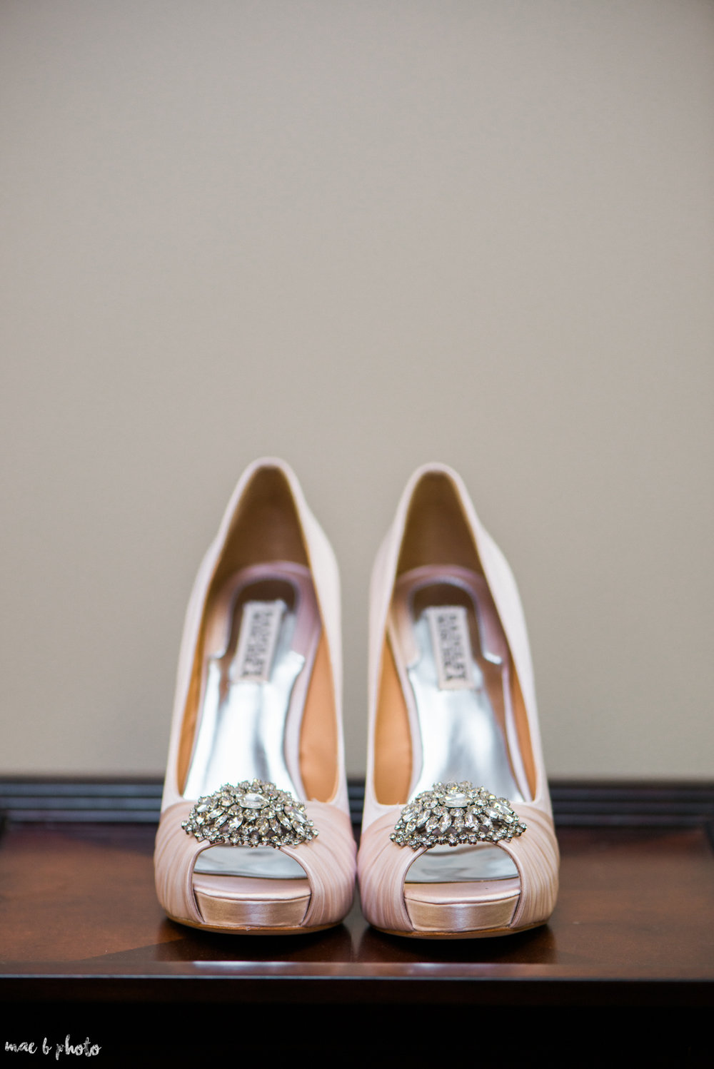 Mary Catherine & Chad's Elegant and Intimate Country Club Wedding at Squaw Creek in Youngstown Ohio by Mae B Photo-15.jpg