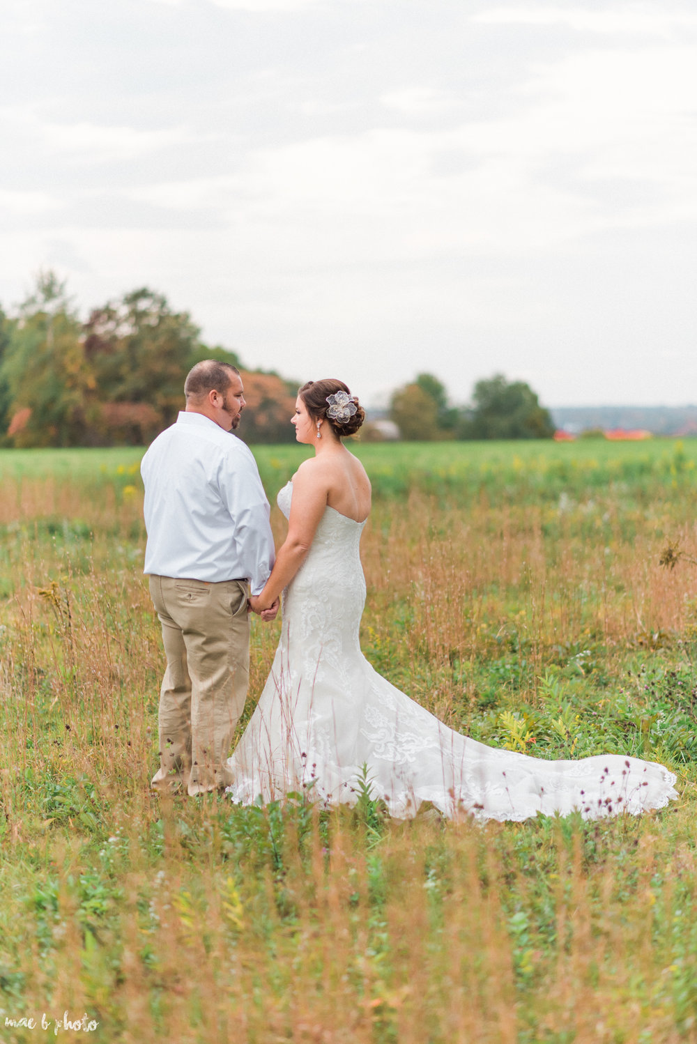 Sarah & Dustin's Rustic Chic Barn Wedding at Hartford Hill Winery in Hartford, Ohio by Mae B Photo-74.jpg