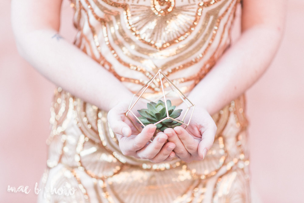 great gatsby inspired golden hour shoot in mill creek park-24.jpg