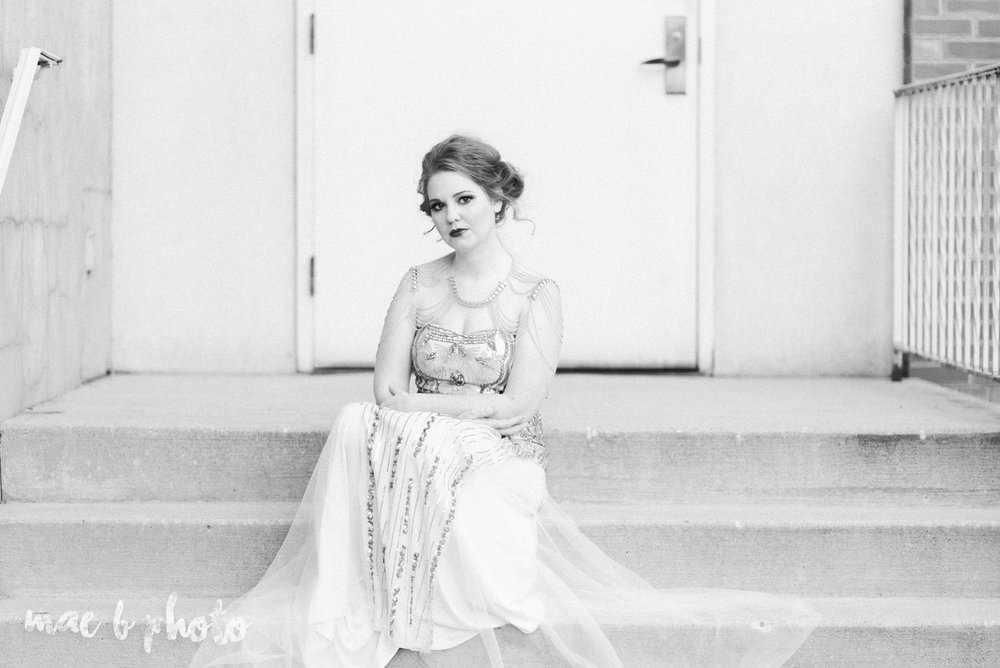 great gatsby inspired golden hour shoot in mill creek park-19.jpg